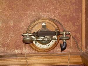 Billiards room - telephone
