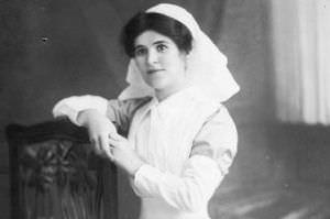 https://stokesaycourt.com/assets/gallery/history/wwi/onibury-nurse-alice-williams_thumb.jpg